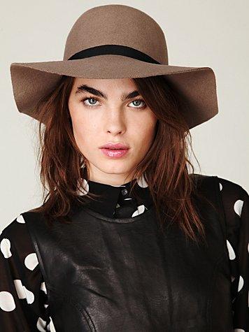Jenoah Floppy Brim Hat