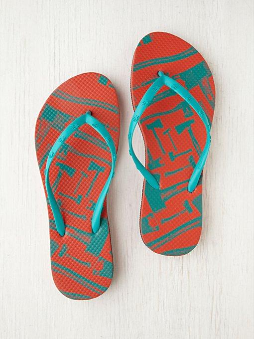 Loquita Flip Flops