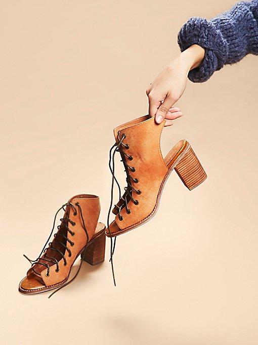 Minimal Lace Up Heel