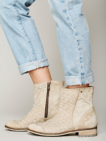Devoe Ankle Boot
