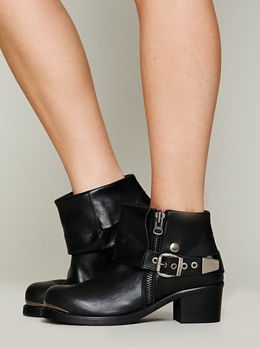 Daymoto Ankle Boot