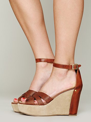 Athena Wedge