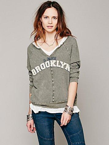 Charming Brooklyn Pullover