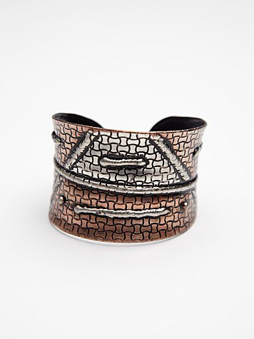 Tarnished Designs Cuff