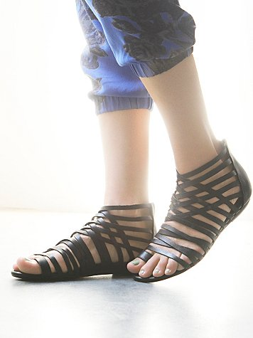 Mie Sandal
