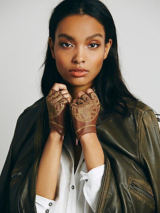 Henna Etched Driver Glove
