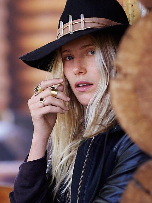 Quartz Banded Hat