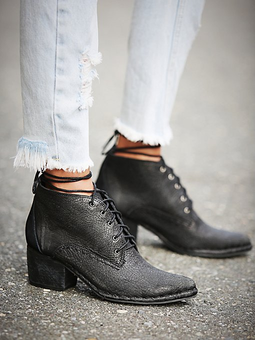 Romancing The Stone Boot