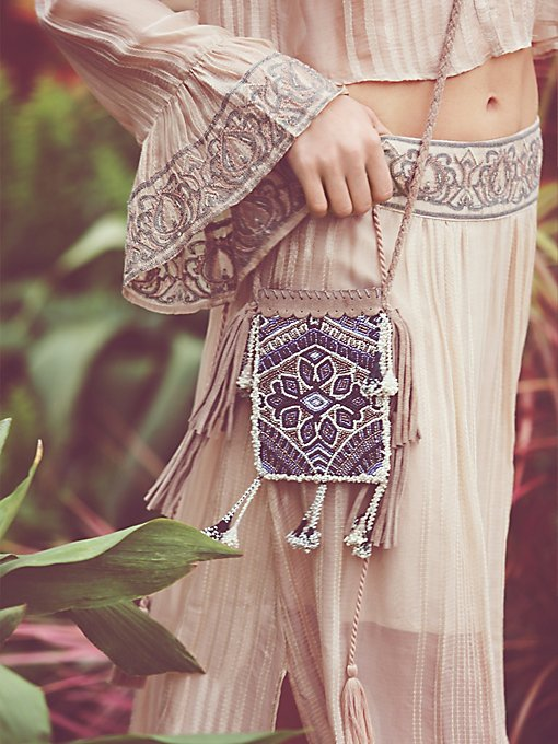 Daydreams Crossbody