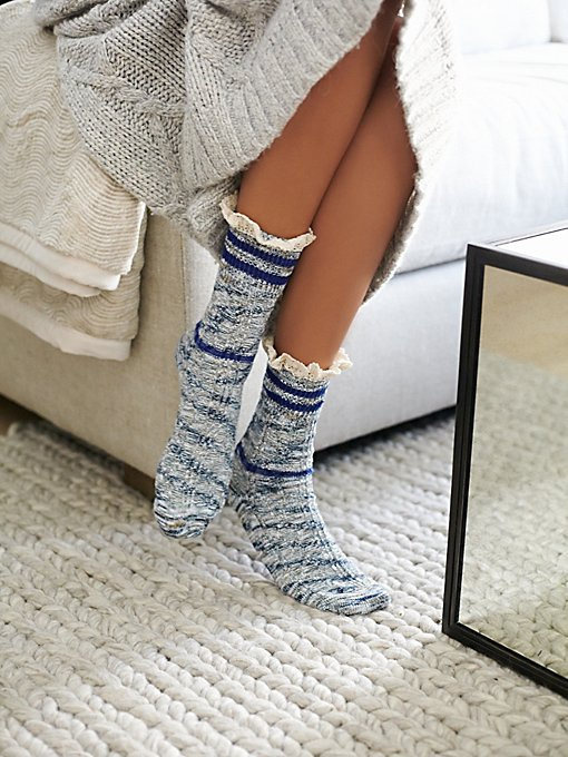 Laweson Ruffle Boot Sock
