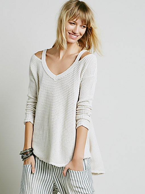 Moonshine V-neck Pullover