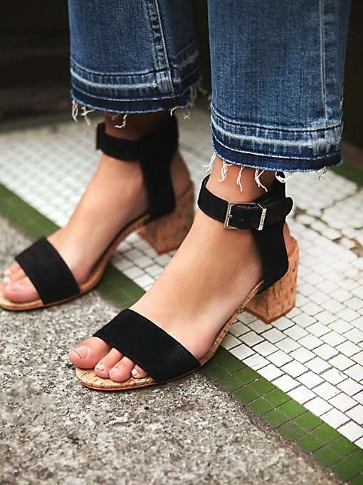 Sydney Cove Block Heel