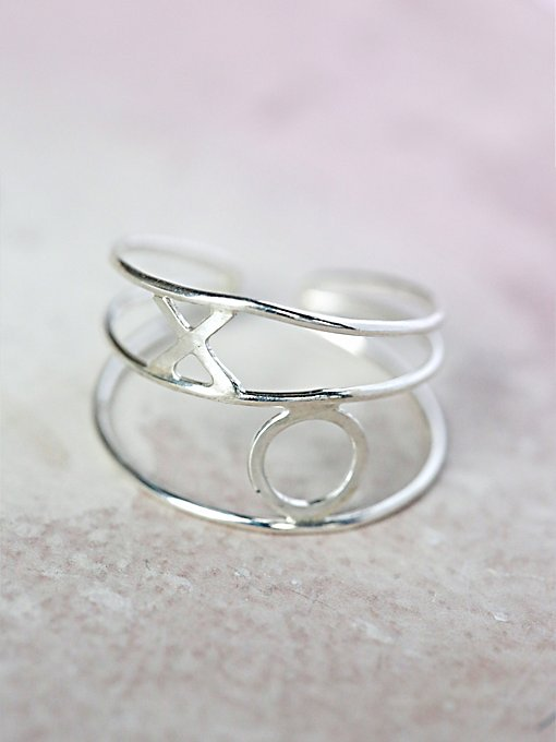 Xo Wrapped Ring