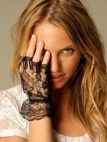 Ruffle Lace Fingerless Glove